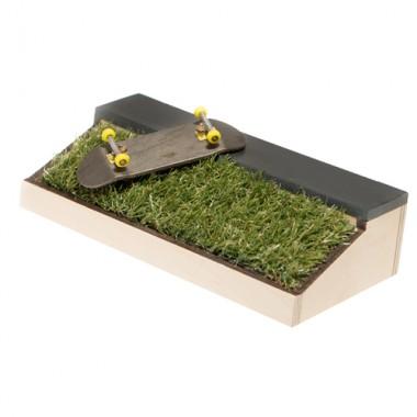 Фигура ProFB Grass Ledge